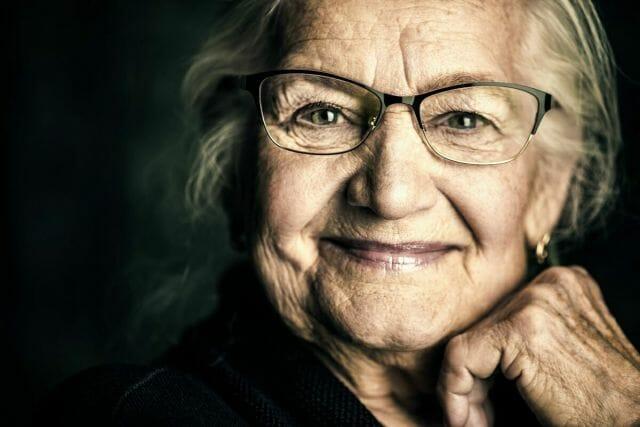bracciali-salvavita-anziani-seremy-anziani-soli